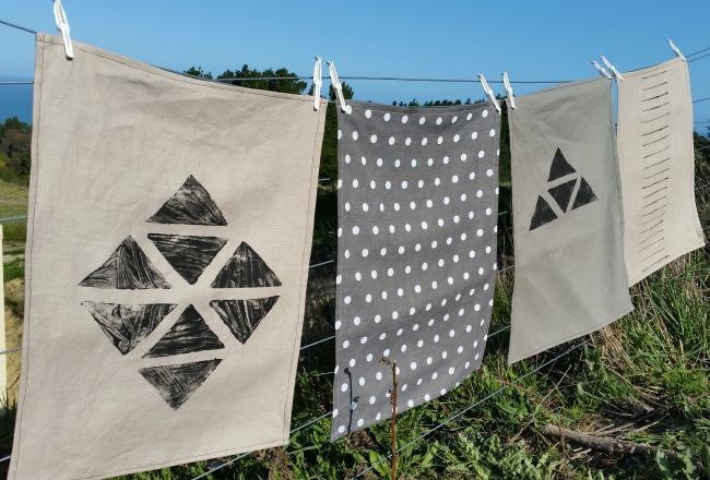 DIY PROJECT__Hand Painted Tea Towels