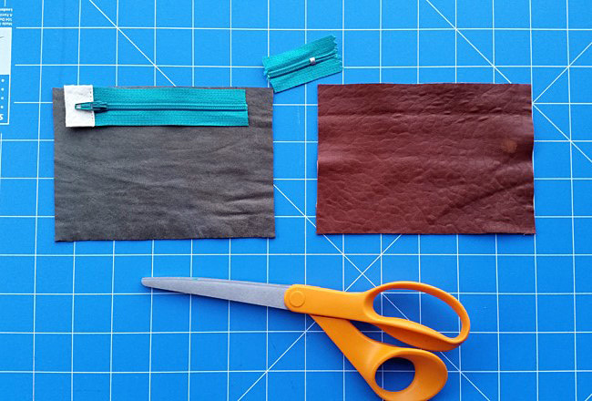DIY PROJECT | Recycled Leather Zip Purse With Alternative Zip