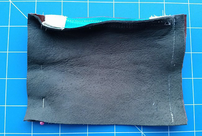 DIY PROJECT | Recycled Leather Zip Purse With Zip Tabs - Makes For Neater Zip