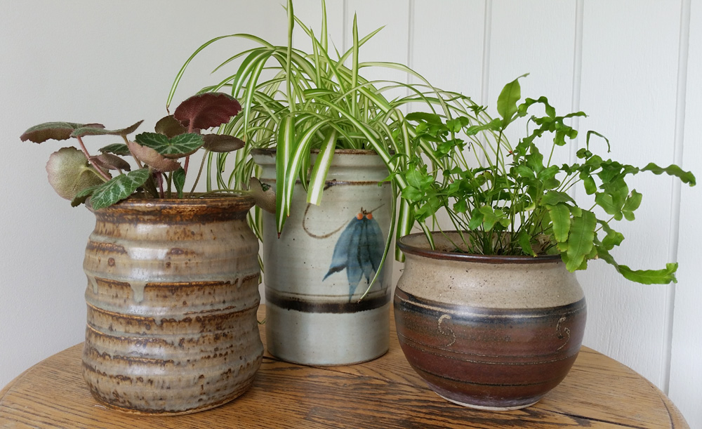 diy project upcycled ceramic jars to plant pots